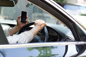 Distracted driving and the law - LawCall